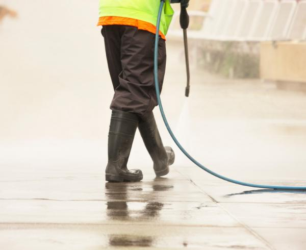 Exterior house washing and building cleaning with high pressure