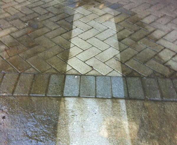 High pressure cleaning pavers